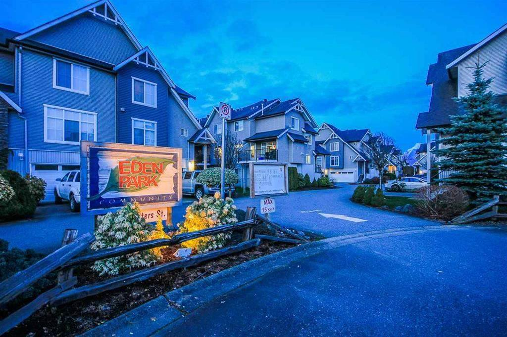 "Main Photo: 31 8881 WALTERS Street in Chilliwack: Chilliwack E Young-Yale Townhouse for sale in ""EDEN PARK"" : MLS®# R2455686"