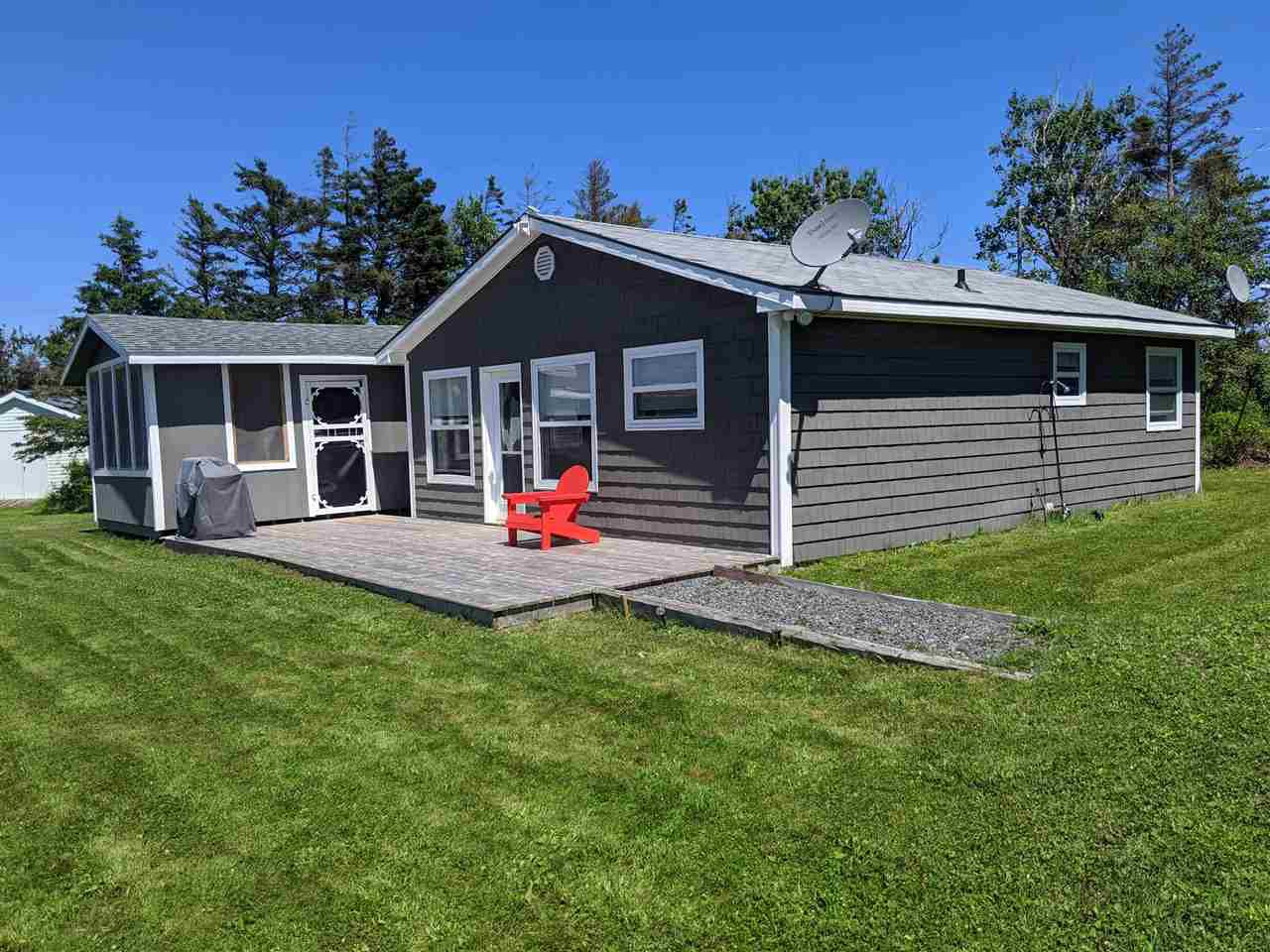 Main Photo: 32 Sunset Drive in Caribou Island: 108-Rural Pictou County Residential for sale (Northern Region)  : MLS®# 202013720