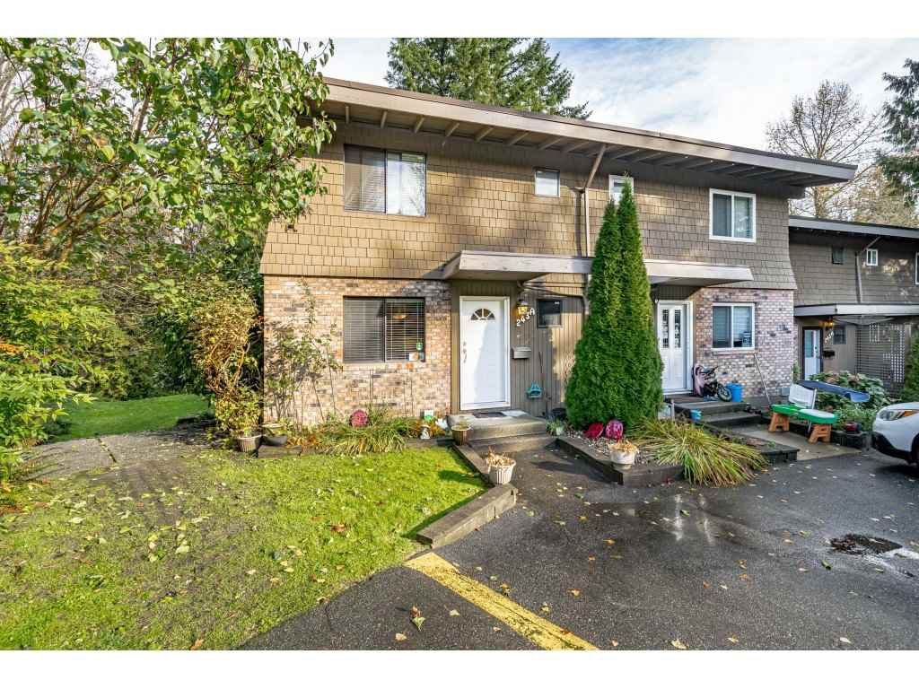 "Main Photo: 243A EVERGREEN Drive in Port Moody: College Park PM Townhouse for sale in ""THE EVERGREENS"" : MLS®# R2517794"