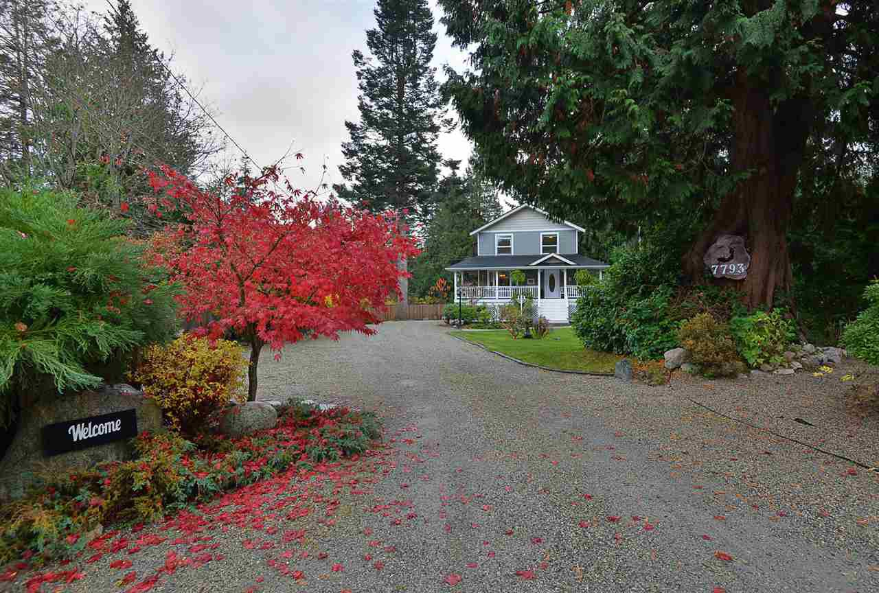Main Photo: 7793 LOHN Road in Halfmoon Bay: Halfmn Bay Secret Cv Redroofs House for sale (Sunshine Coast)  : MLS®# R2518868