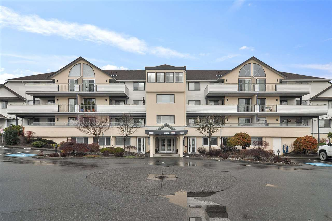 """Main Photo: 303 19645 64 Avenue in Langley: Willoughby Heights Condo for sale in """"HIGHGATE TERRAC"""" : MLS®# R2523839"""