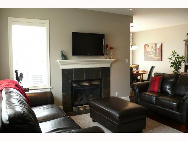 Photo 3: Photos: 2838 SPRUCE Street in Vancouver: Fairview VW Townhouse for sale (Vancouver West)  : MLS®# V817088