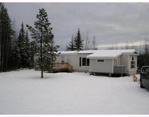 "Main Photo: 14520 HUBERT Road in Prince_George: Hobby Ranches Manufactured Home for sale in ""HOBBY RANCHES"" (PG Rural North (Zone 76))  : MLS®# N188454"