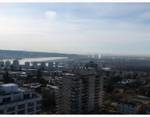 "Main Photo: 1808 615 BELMONT Street in New_Westminster: Uptown NW Condo for sale in ""BELMONT TOWER"" (New Westminster)  : MLS®# V752808"