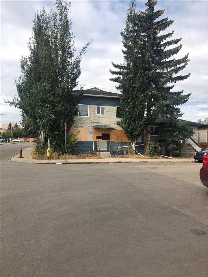 Main Photo: 10852 & 10856 98 Street in Edmonton: Zone 13 Land Commercial for sale : MLS®# E4171204