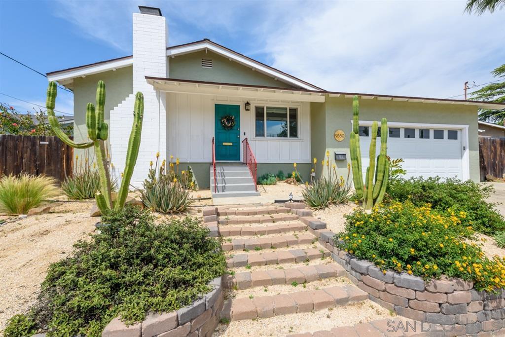 Main Photo: LA MESA House for sale : 3 bedrooms : 9550 Lakeview Dr