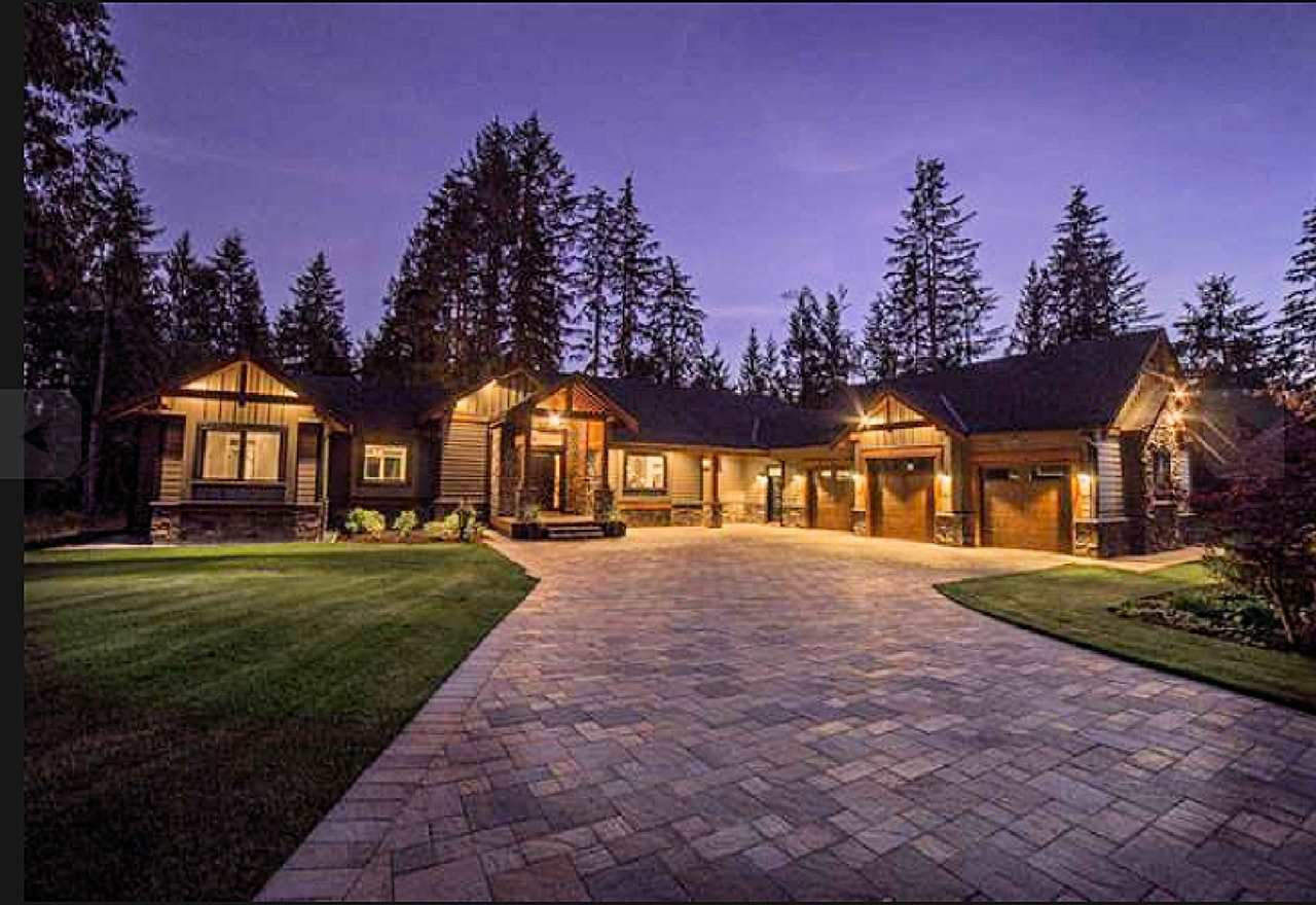 """Photo 2: Photos: 33320 TREE TOP Terrace in Mission: Mission BC House for sale in """"Ferndale"""" : MLS®# R2484559"""