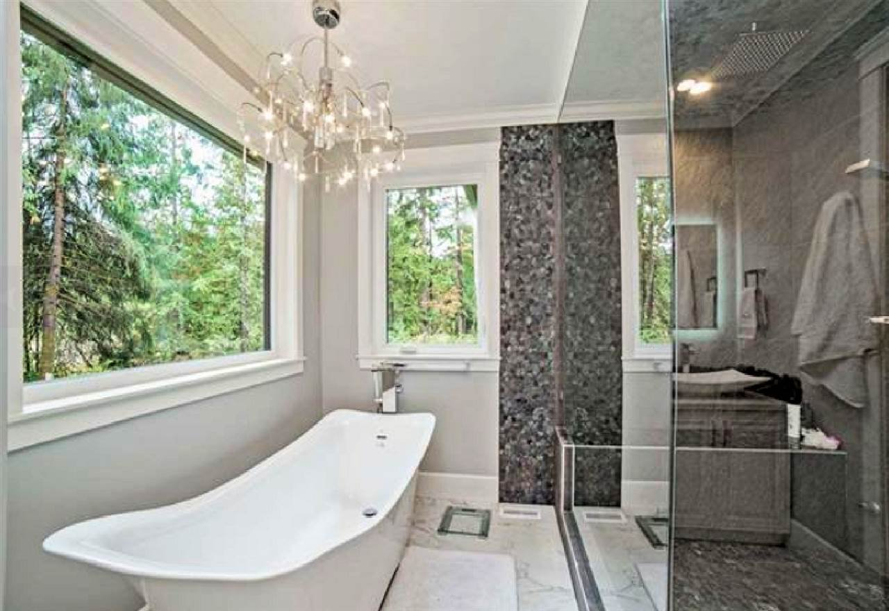 """Photo 19: Photos: 33320 TREE TOP Terrace in Mission: Mission BC House for sale in """"Ferndale"""" : MLS®# R2484559"""