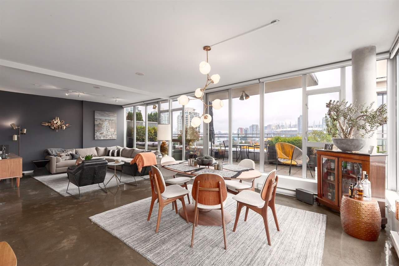 """Main Photo: 803 221 UNION Street in Vancouver: Strathcona Condo for sale in """"V6A"""" (Vancouver East)  : MLS®# R2516797"""