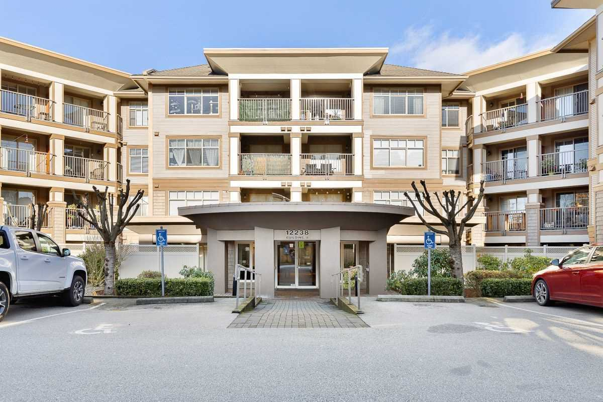 Main Photo: 411 12238 224 Street in Maple Ridge: East Central Condo for sale : MLS®# R2527434