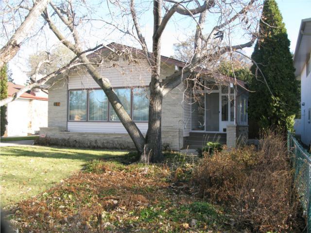 Main Photo:  in WINNIPEG: St James Residential for sale (West Winnipeg)  : MLS®# 2950171