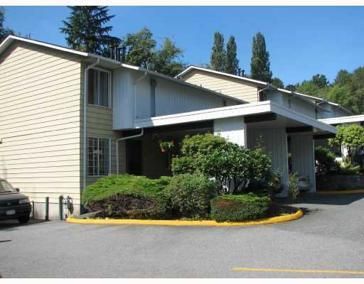 """Main Photo: 30 5330 BROADWAY in Burnaby: Parkcrest Townhouse for sale in """"CREEKSIDE MANOR"""" (Burnaby North)  : MLS®# V802226"""