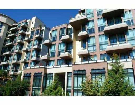 "Photo 2: Photos: 218 10 RENAISSANCE Square in New Westminster: Quay Condo for sale in ""MURANO LOFTS"" : MLS®# V851496"