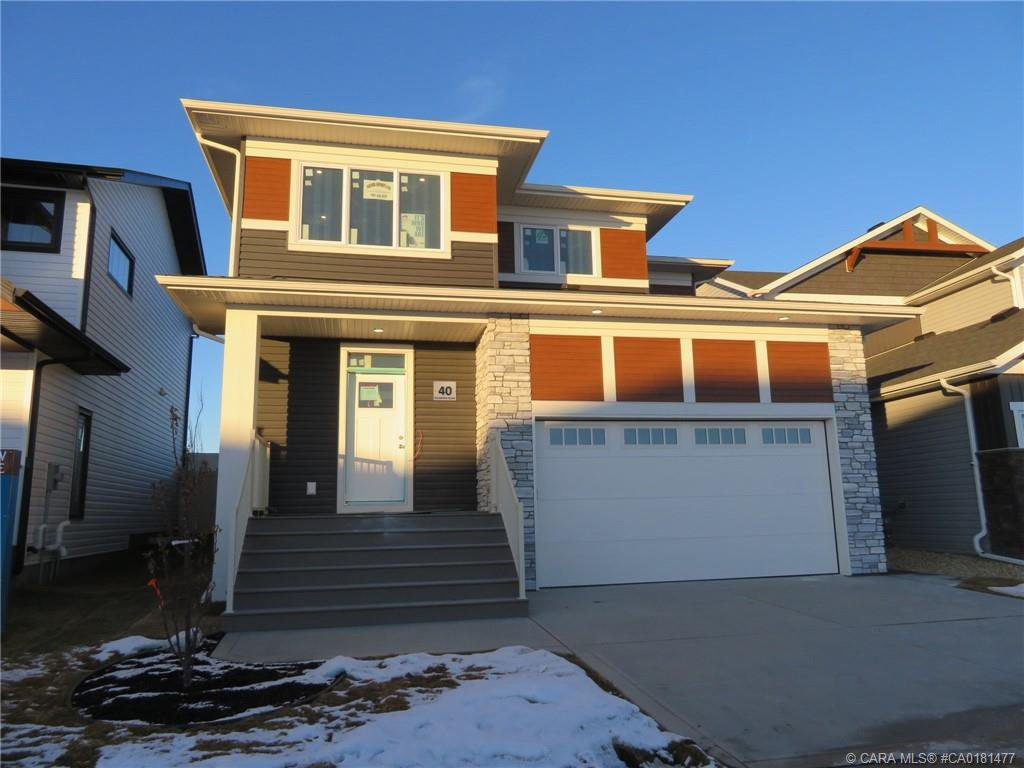 Main Photo: 40 Ellington Crescent in Red Deer: Evergreen Residential for sale : MLS®# CA0181477