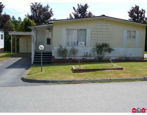 """Main Photo: 101 1884 MCCALLUM Road in Abbotsford: Central Abbotsford Manufactured Home for sale in """"GARDEN VILLAGE"""" : MLS®# F2922686"""