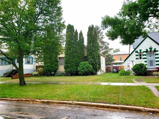 Photo 2: Photos: 694 Church Avenue in Winnipeg: Sinclair Park Residential for sale (4C)  : MLS®# 1923133