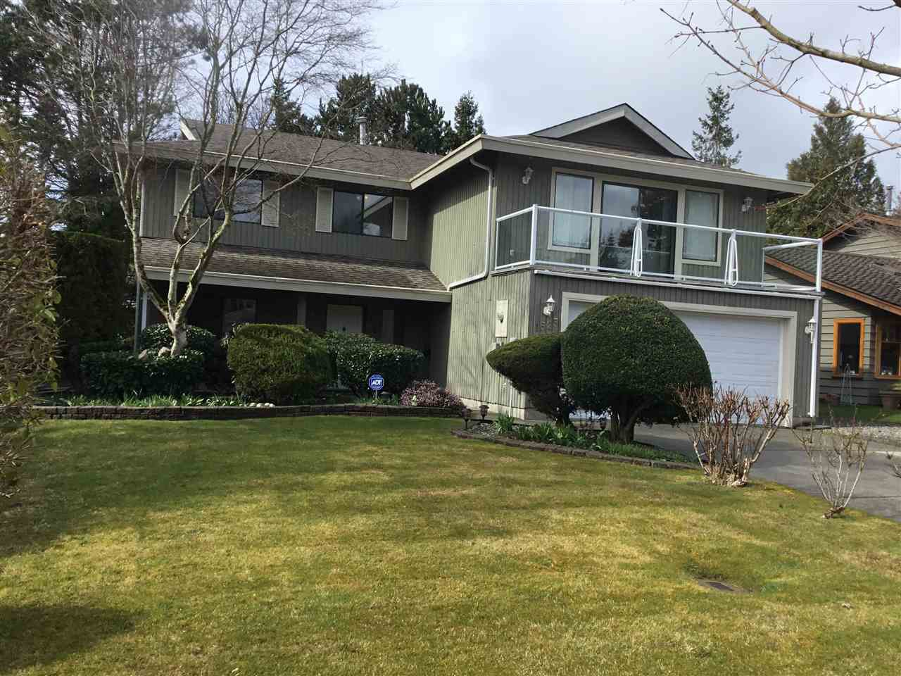 """Photo 2: Photos: 1525 133A Street in Surrey: Crescent Bch Ocean Pk. House for sale in """"OCEAN PARK"""" (South Surrey White Rock)  : MLS®# R2447186"""