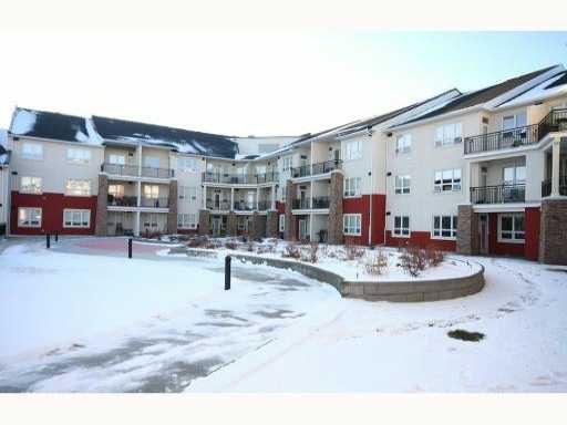 Main Photo: 335 26 VAL GARDENA View SW in CALGARY: Springbank Hill Condo for sale (Calgary)  : MLS®# C3403724