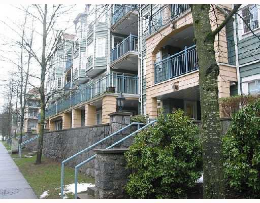 "Main Photo: 301 1199 WESTWOOD Street in Coquitlam: North Coquitlam Condo for sale in ""LAKESIDE TERRACE"" : MLS®# V729820"