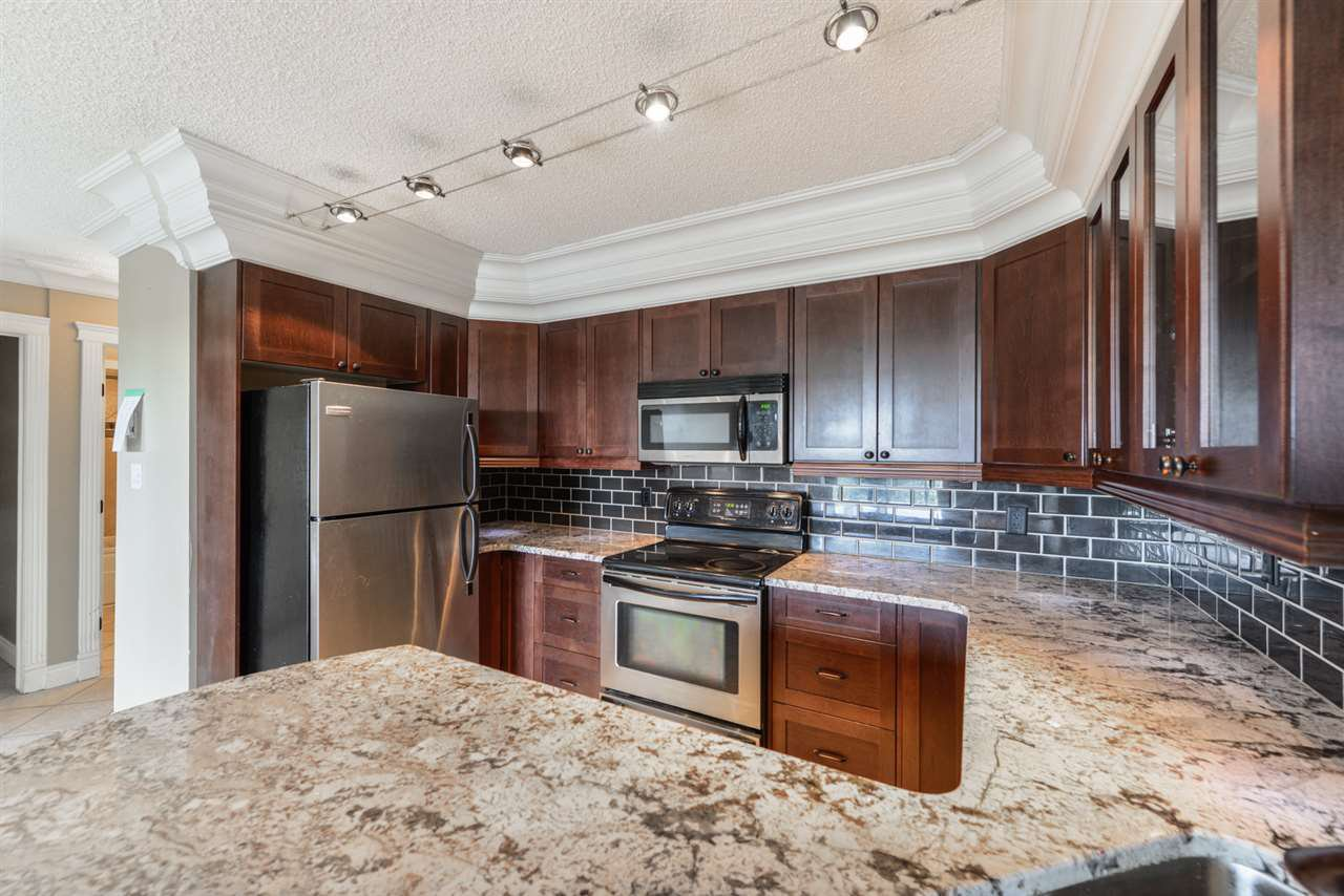 Main Photo: 602 9342 103 Avenue in Edmonton: Zone 13 Condo for sale : MLS®# E4166057
