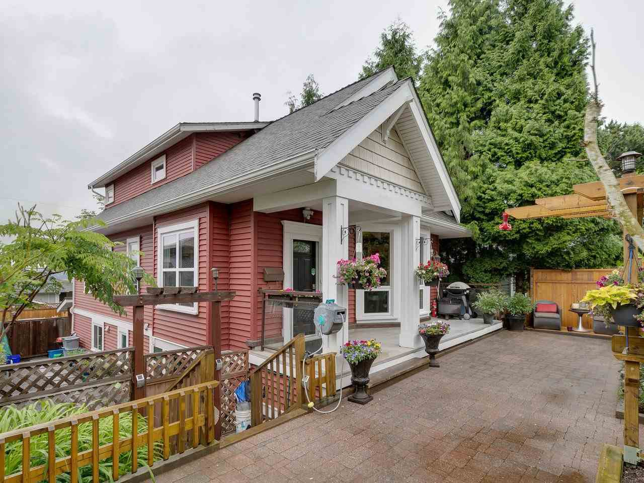 Main Photo: 8953 ARMSTRONG AVENUE in Burnaby: The Crest House for sale (Burnaby East)  : MLS®# R2465249