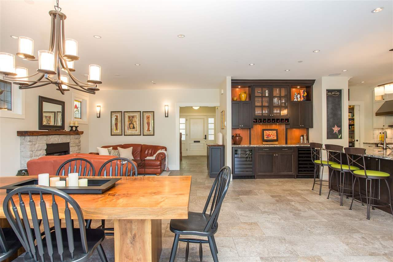 Photo 3: Photos: 595 W 18TH AVENUE in Vancouver: Cambie House for sale (Vancouver West)  : MLS®# R2499462