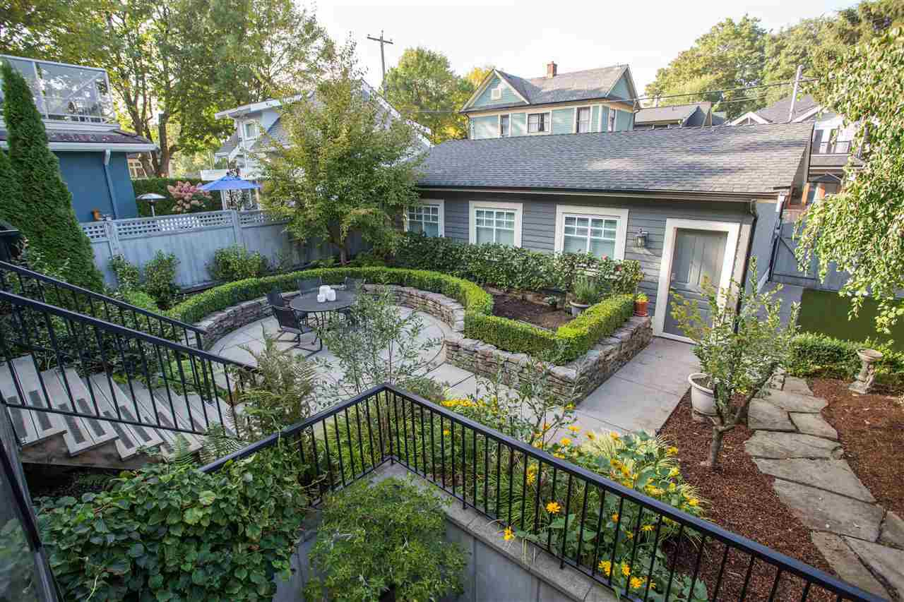 Photo 26: Photos: 595 W 18TH AVENUE in Vancouver: Cambie House for sale (Vancouver West)  : MLS®# R2499462