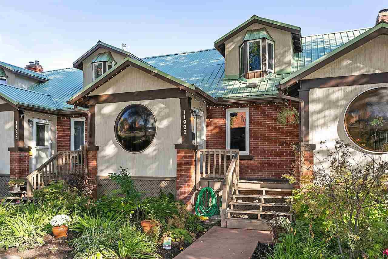 Main Photo: 11922 102 Avenue in Edmonton: Zone 12 Townhouse for sale : MLS®# E4220660