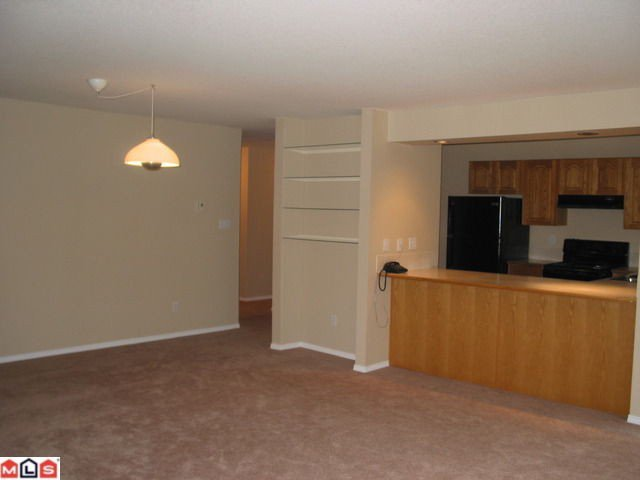 "Photo 8: Photos: MERKLIN ST: White Rock Condo for sale in ""Ocean Vista"" (South Surrey White Rock)  : MLS®# F1021216"