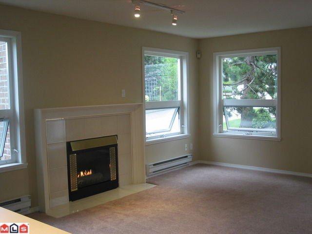 "Photo 3: Photos: MERKLIN ST: White Rock Condo for sale in ""Ocean Vista"" (South Surrey White Rock)  : MLS®# F1021216"