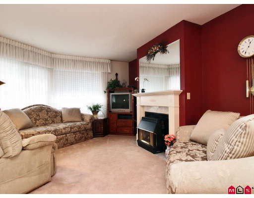 """Main Photo: 105 1450 MCCALLUM Road in Abbotsford: Poplar Townhouse for sale in """"CROWN POINT"""" : MLS®# F2833694"""