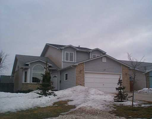 Main Photo: 20 CAPSTON Road in WINNIPEG: Windsor Park / Southdale / Island Lakes Single Family Detached for sale (South East Winnipeg)  : MLS®# 2402971