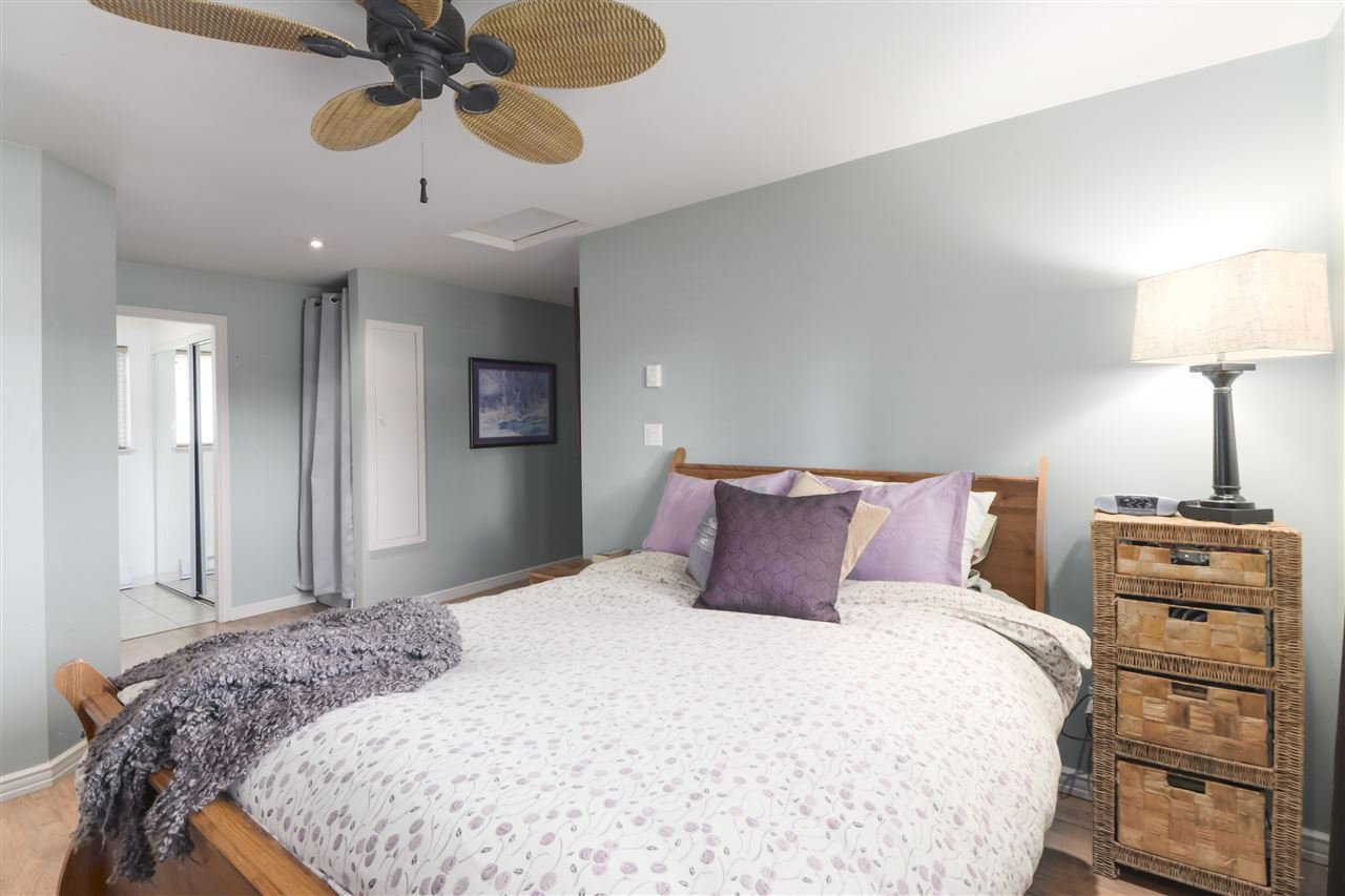 Photo 12: Photos: 11831 GLENHURST Street in Maple Ridge: Cottonwood MR House for sale : MLS®# R2403211