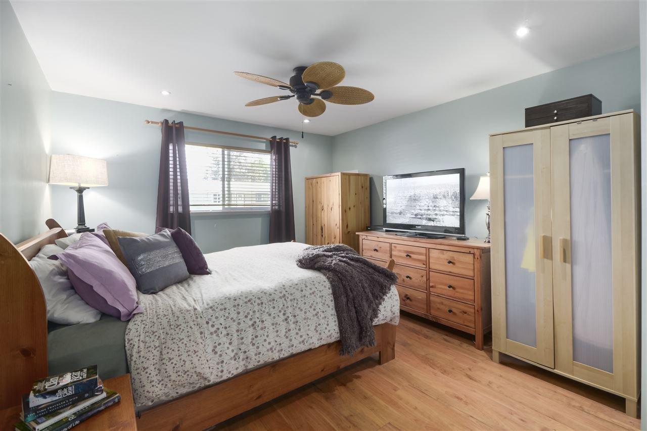 Photo 11: Photos: 11831 GLENHURST Street in Maple Ridge: Cottonwood MR House for sale : MLS®# R2403211