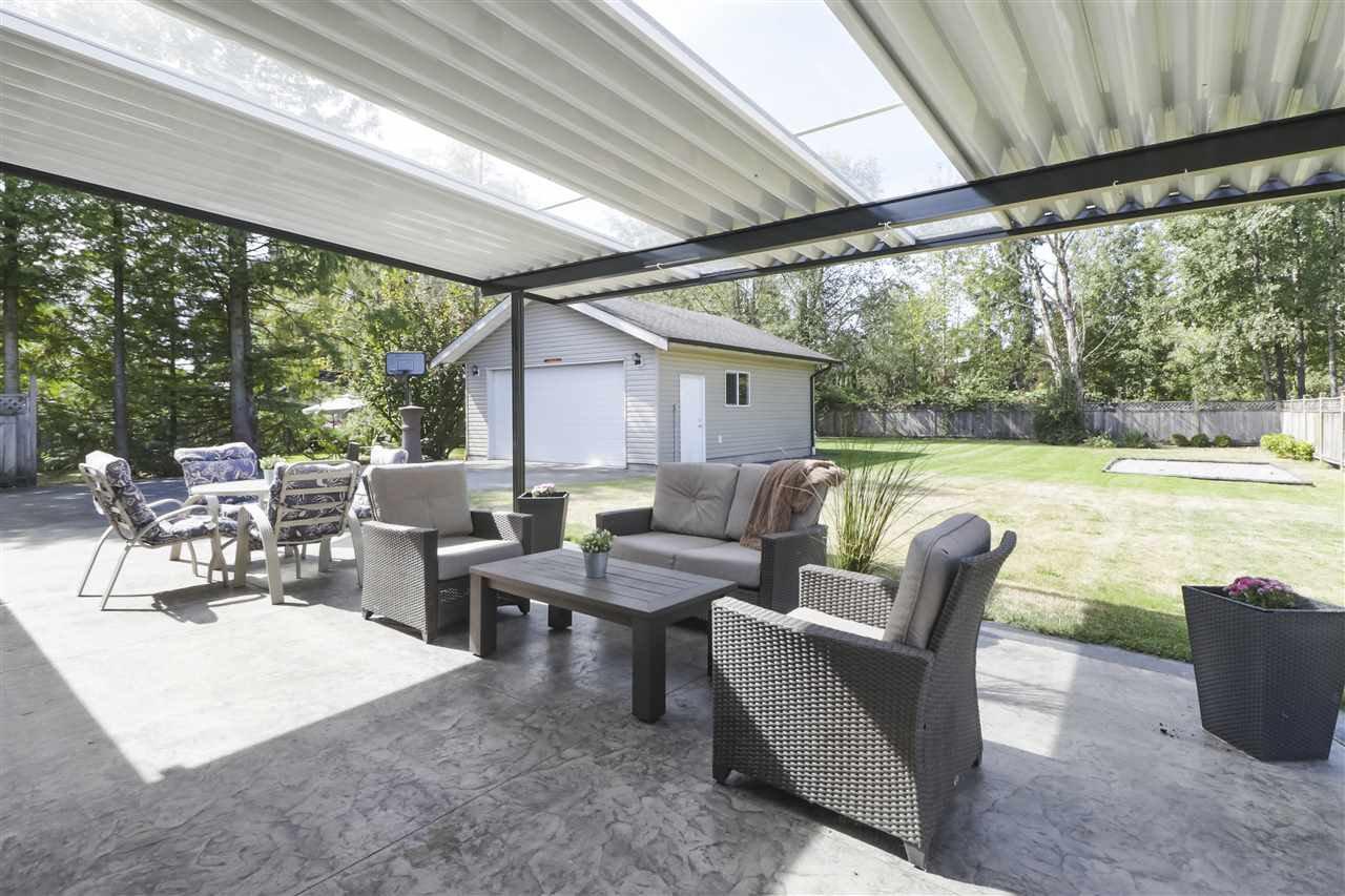 Photo 18: Photos: 11831 GLENHURST Street in Maple Ridge: Cottonwood MR House for sale : MLS®# R2403211