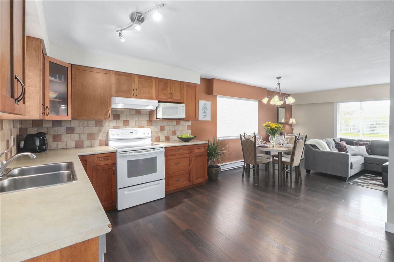 Photo 10: Photos: 11831 GLENHURST Street in Maple Ridge: Cottonwood MR House for sale : MLS®# R2403211