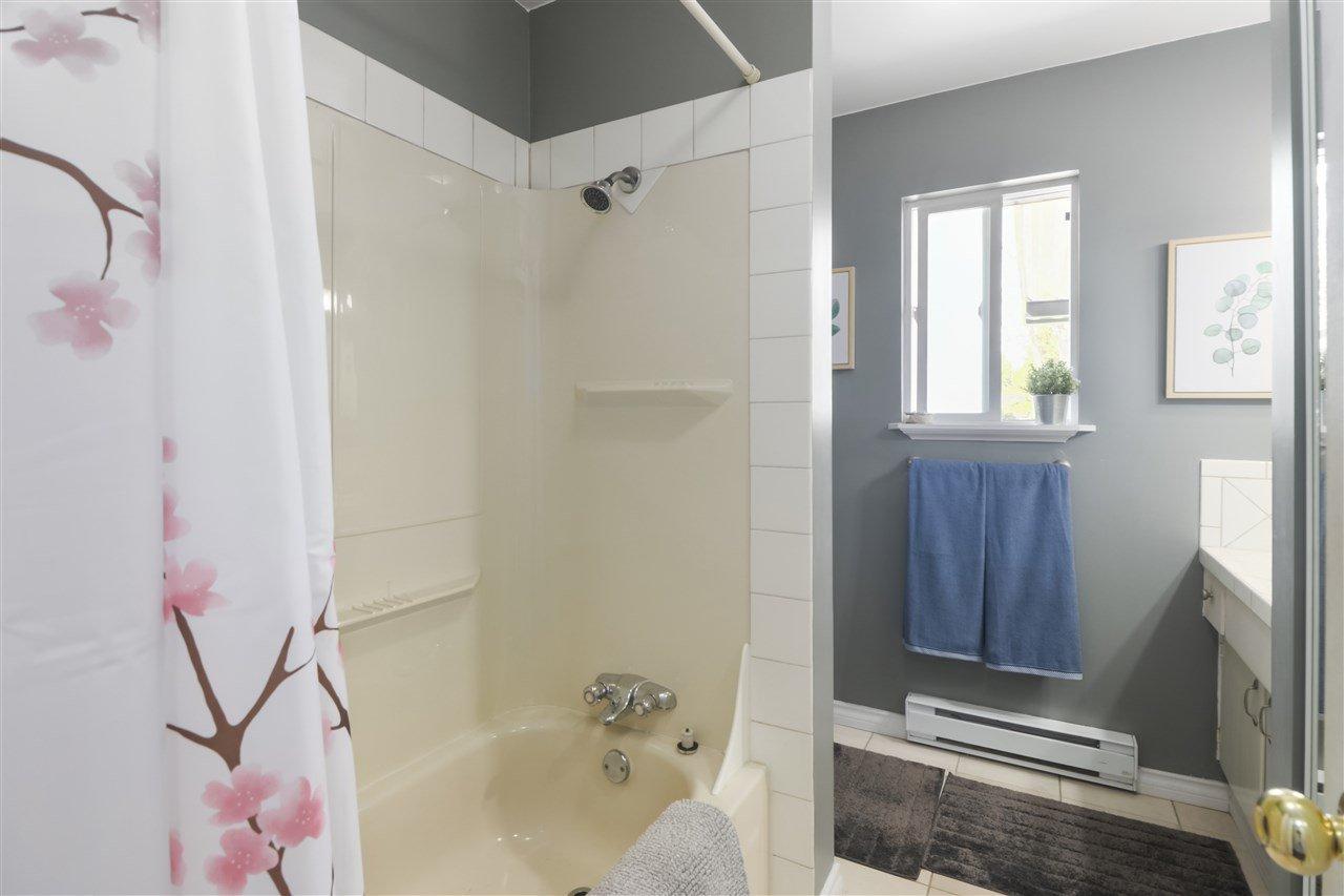 Photo 16: Photos: 11831 GLENHURST Street in Maple Ridge: Cottonwood MR House for sale : MLS®# R2403211