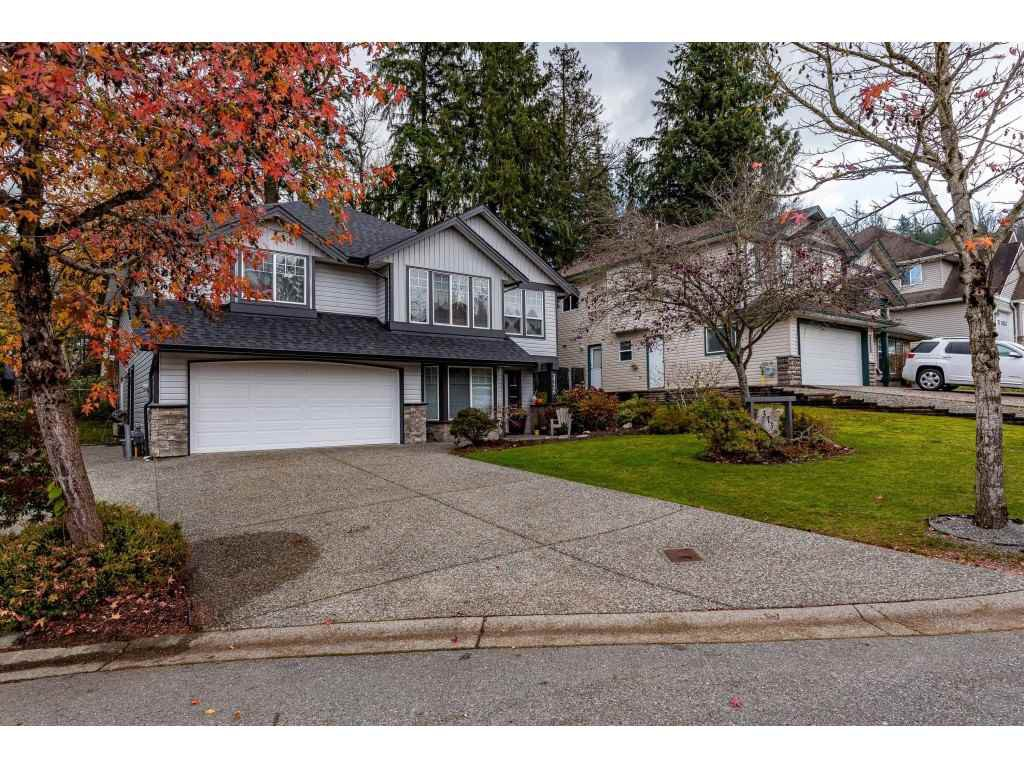 """Main Photo: 3736 CASTLE PINES Court in Abbotsford: Abbotsford East House for sale in """"Ledgeview Estates"""" : MLS®# R2418253"""