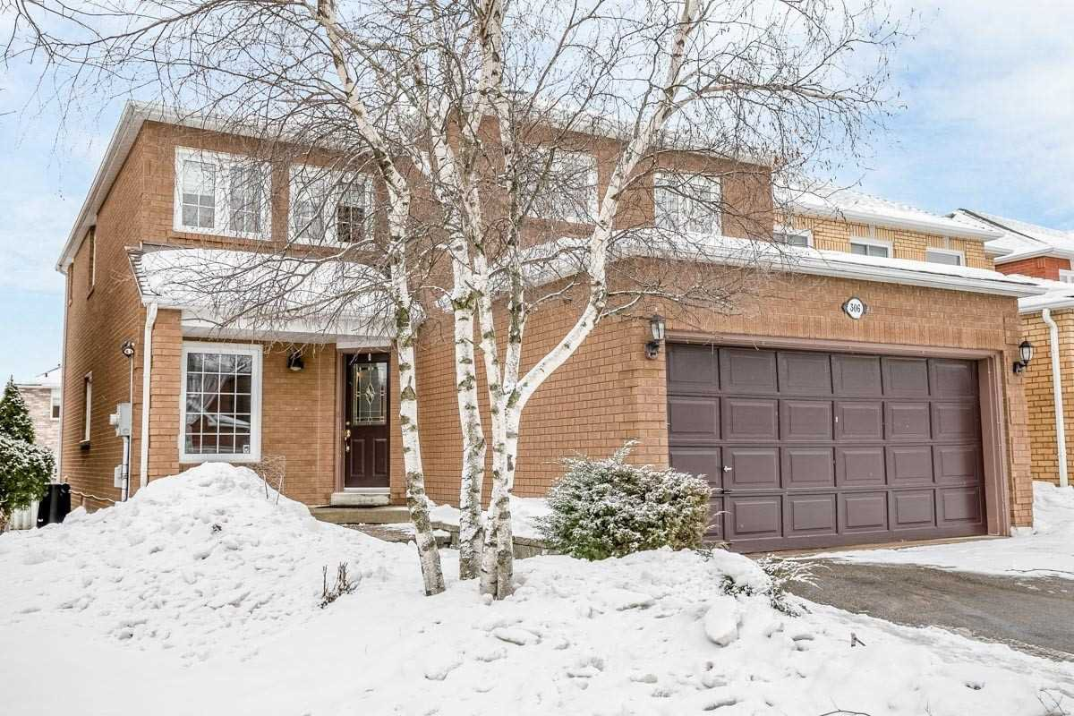 Main Photo: 306 Howard Crescent: Orangeville House (2-Storey) for sale : MLS®# W4701035