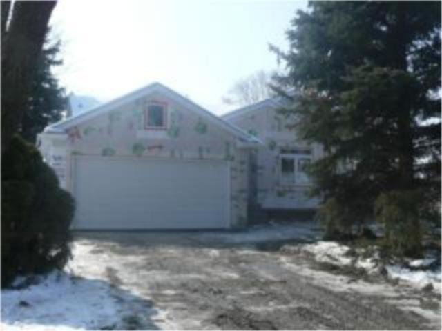 Main Photo: 34 Prescot Road in WINNIPEG: Fort Garry / Whyte Ridge / St Norbert Residential for sale (South Winnipeg)  : MLS®# 1005393
