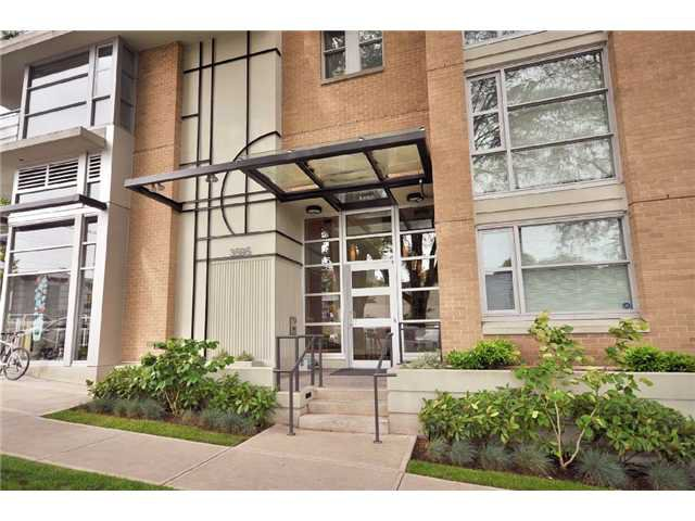 """Main Photo: 402 3595 W 18TH Avenue in Vancouver: Dunbar Condo for sale in """"DUKE ON DUNBAR"""" (Vancouver West)  : MLS®# V833209"""