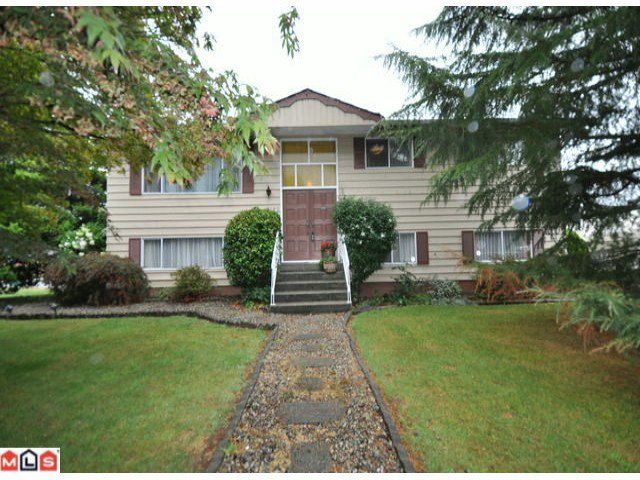 """Main Photo: 8180 COLEMAN Street in Mission: Hatzic House for sale in """"Hatzic Bench"""" : MLS®# F1020949"""
