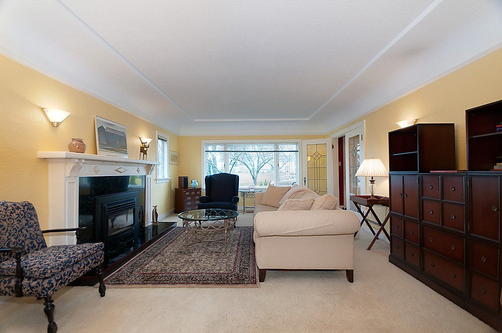 Photo 4: Photos: 2907 W 30TH Avenue in Vancouver: MacKenzie Heights House for sale (Vancouver West)  : MLS®# V866416