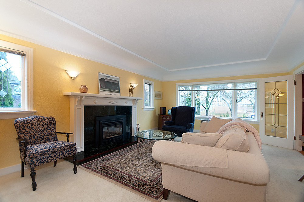Photo 5: Photos: 2907 W 30TH Avenue in Vancouver: MacKenzie Heights House for sale (Vancouver West)  : MLS®# V866416