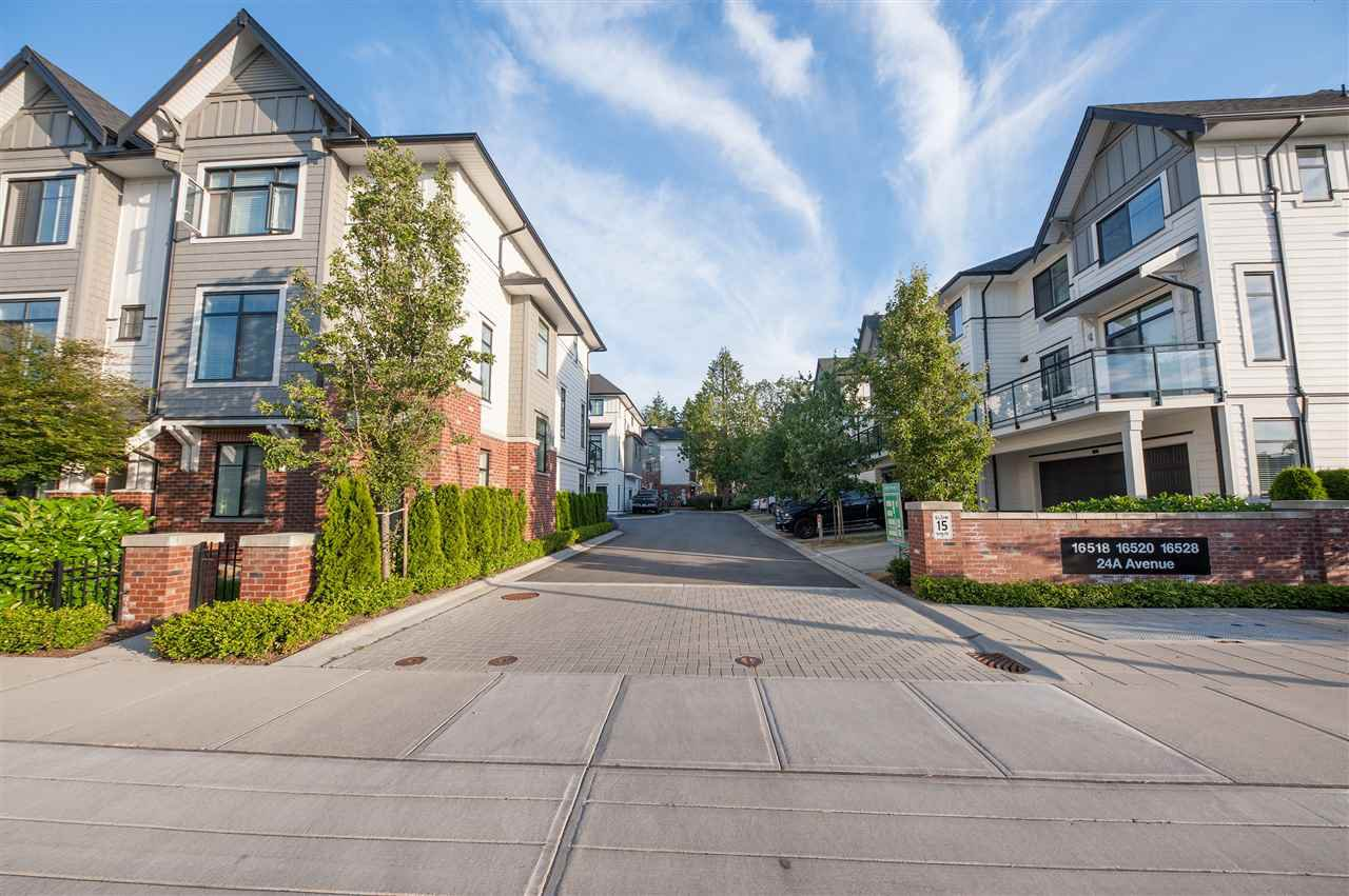 """Main Photo: 12 16518 24A Avenue in Surrey: Grandview Surrey Townhouse for sale in """"NOTTING HILL"""" (South Surrey White Rock)  : MLS®# R2396874"""