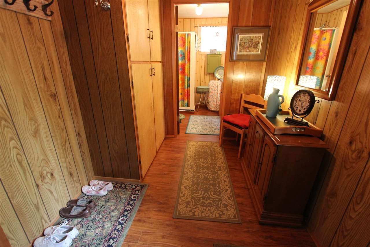 Photo 13: Photos: 50985 CLUCULZ Place: Cluculz Lake House for sale (PG Rural West (Zone 77))  : MLS®# R2397310
