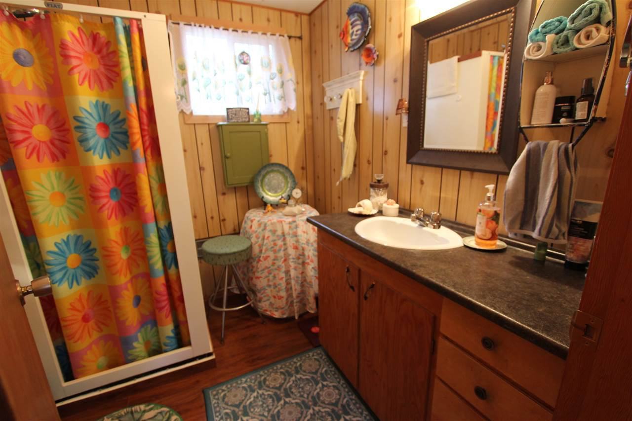 Photo 11: Photos: 50985 CLUCULZ Place: Cluculz Lake House for sale (PG Rural West (Zone 77))  : MLS®# R2397310