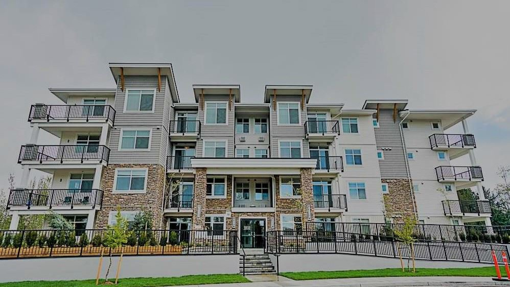 Main Photo: 409 19940 BRYDON Crescent in Langley: Langley City Condo for sale : MLS®# R2514776