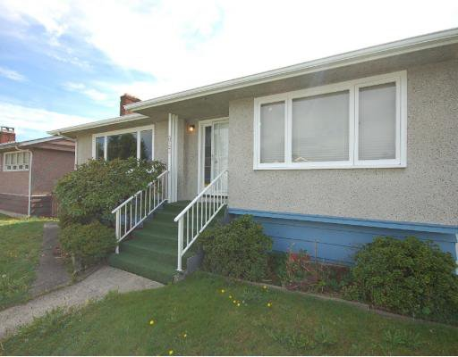 Main Photo: 3724 SUNSET Street in Burnaby: Burnaby Hospital House for sale (Burnaby South)  : MLS®# V787941