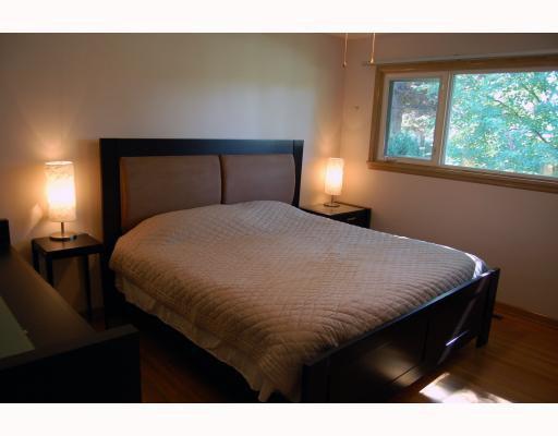 Photo 3: Photos: 809 OAKENWALD Avenue in WINNIPEG: Fort Garry / Whyte Ridge / St Norbert Residential for sale (South Winnipeg)  : MLS®# 2917814